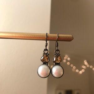 Jewelry - Pearl/gem dangle earrings